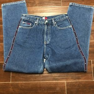 Woman's vintage Tommy Hilfiger jeans size 7